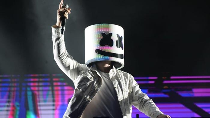 Marshmello - Light Up Ft. Chris Brown & Tyga