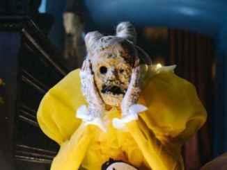 Poppy – Scary Mask ft. FEVER 333