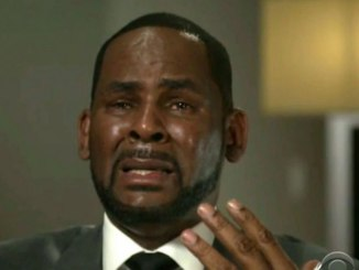 R. Kelly begging for freedom because he is illiterate & cant read