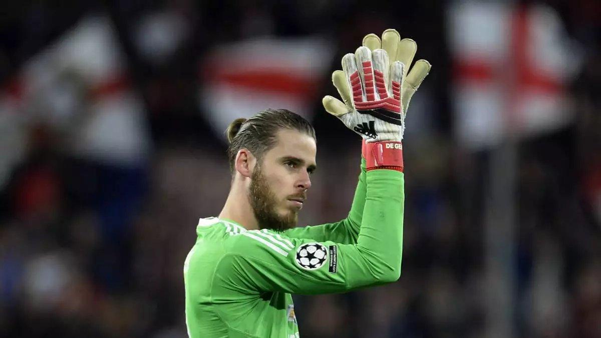 Manchester United's David de Gea injured in Spain's Euro Qualifier with Sweden
