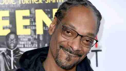 Snoop Dogg - Eminem Isn't Top 10 Rapper (Dead Or Alive)