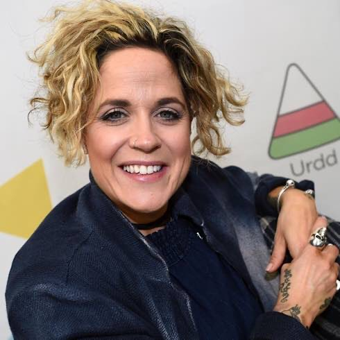 Due To COVID-19, Amy Wadge Has Rescheduled Her UK Tour To 2021