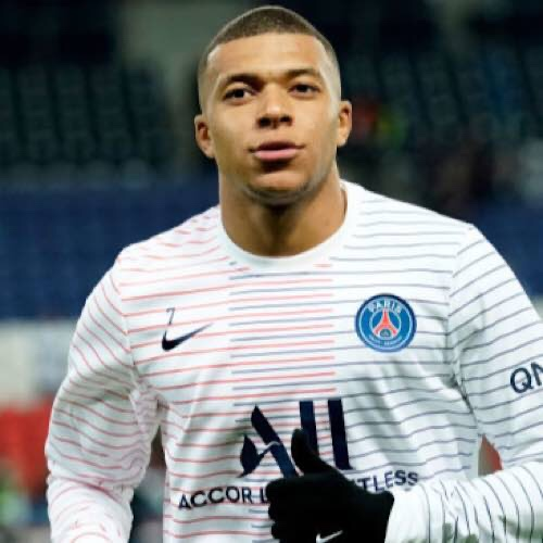 Kylian Mbappe Has Left The France Squad After Returning A Positive Test For Coronavirus