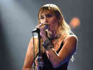 Miley Cyrus - Plastic Hearts Album (download)