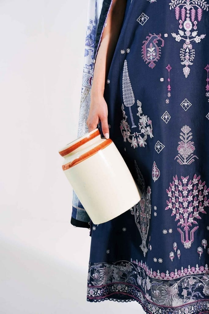 ZARA SHAJAHAN | Embroidered Lawn Suits | ZS21L 23 Khushala-A
