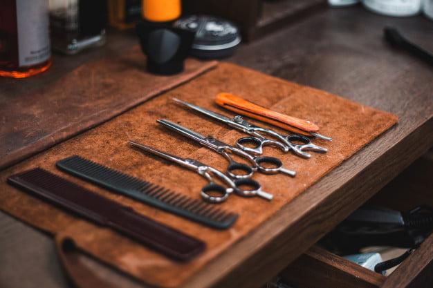 ustensile pentru frizerie