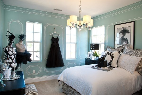 Aspiring Fashion Designer Teen Bedroom Project - the House ... on Teenager Style Teenage Room  id=59696