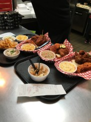Hattie B's hot chicken nashville tennessee fried chicken