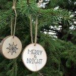 rustic-wood-slice-christmas-ornament