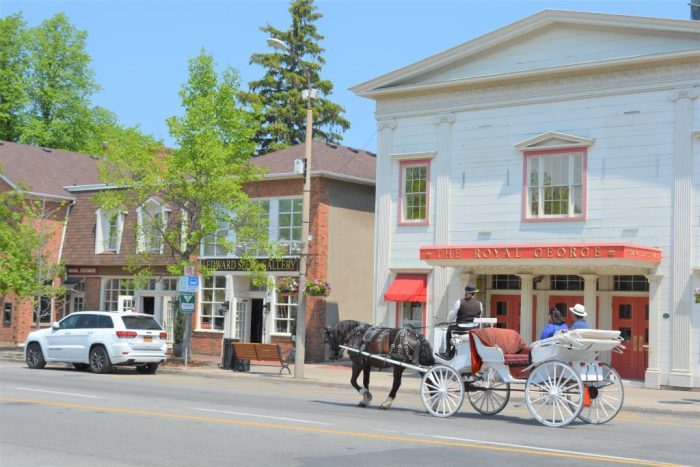 Horse and Buggy Niagara on the Lake Queen Street Old Town