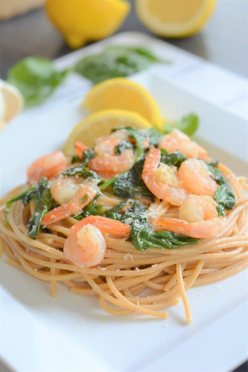 LEMON GARLIC SPINACH SHRIMP PASTA | date night recipe HouseofKerrs.com