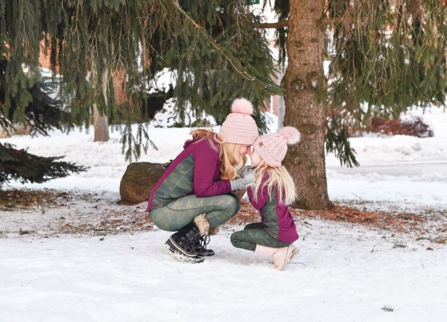 MomDaughter Twinning.Jill Yoga Canada.Holiday GIVE Guide