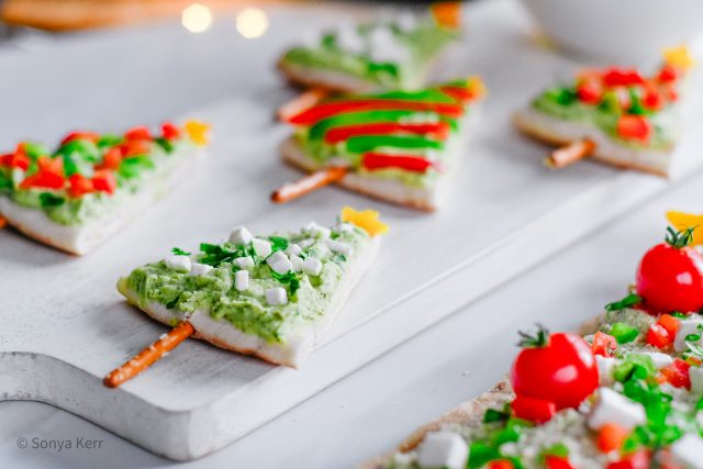 Holiday Tree no cook pita and flatbread appetizer | HouseofKerrs.com