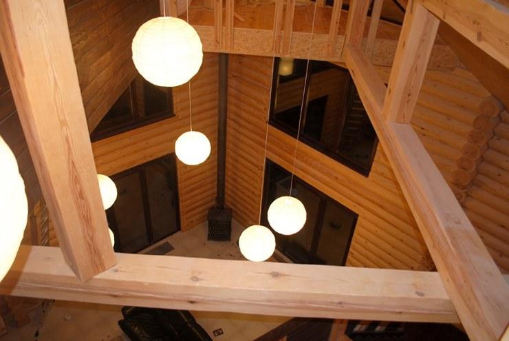 интериор сглобяема къща от дървени трупи