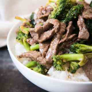 Easy, Classic Chinese Beef with Broccoli