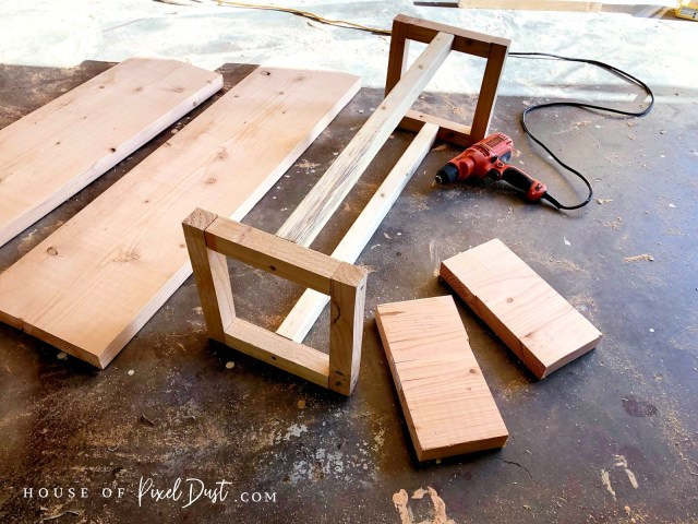 Easy assembly free pine coffee table bench tutorial