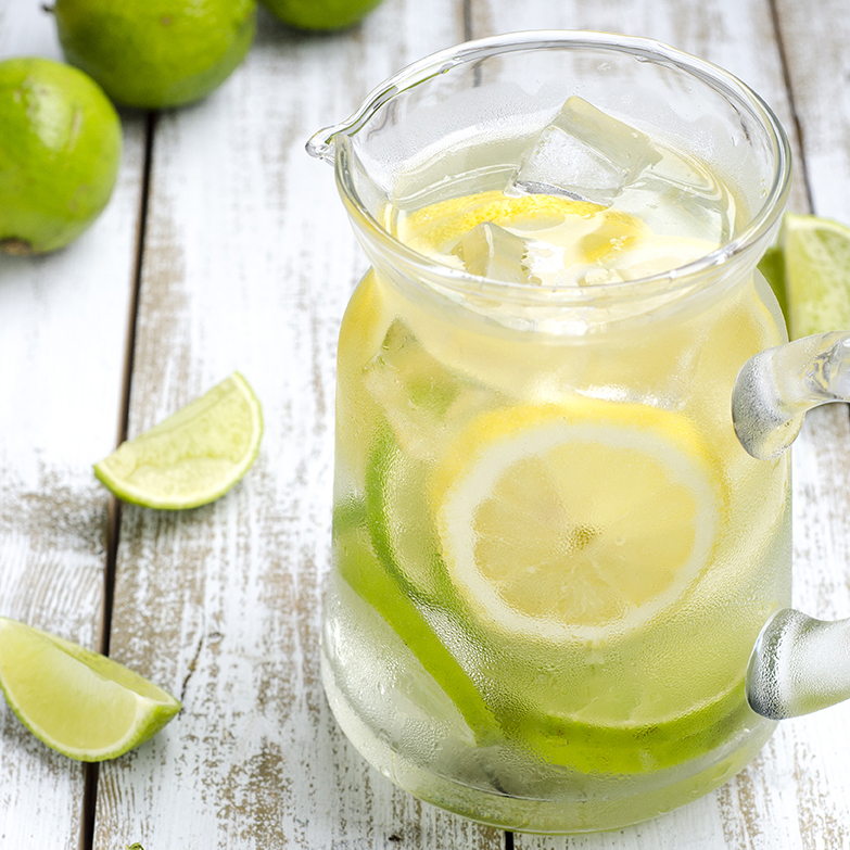 Refreshing detox lemon and lime water - perfect for summer!