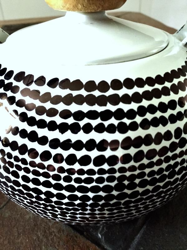 Teapot Dots finished