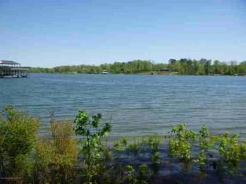 Panoramic view of Smith Lake