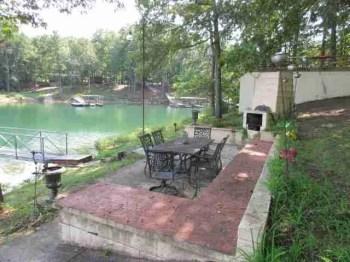 Home on Smith Lake