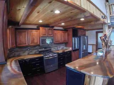 Rustic Smith Lake Kitchen