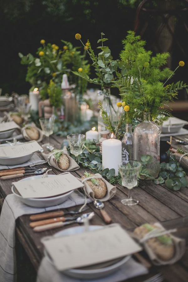 20 Rustic Table Setting Ideas to Summer Celebrate | House ... on Backyard Table Decor id=57046