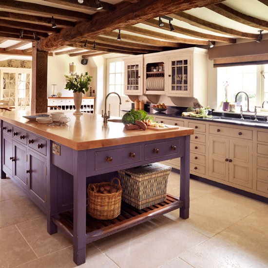 Painted kitchens | Painted kitchens - 10 of the best | Kitchen design | PHOTO GALLERY | Beautiful Kitchens