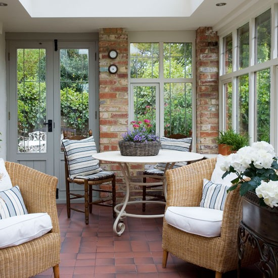 Country-style conservatory-diner | Conservatories | Conservatory decorating ideas | PHOTO GALLERY | Housetohome.co.uk