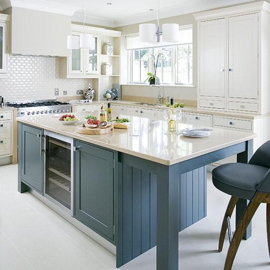 Painted Island Kitchen Traditional Kitchen Design Ideas