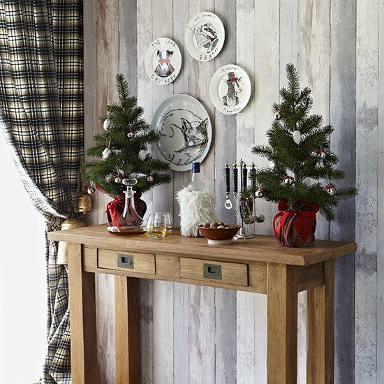 Party Bar Console Table Country Christmas Table Ideas