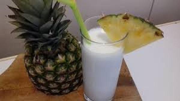 Pina Colada Smoothie ( Low-Carb, Dairy-Free, Sugar-Free)