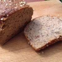 Low-Carb Seeded Bread