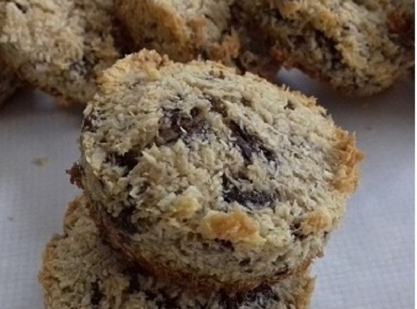 Keto Chocolate Chips Cookies with Coconut Flour ( Easy Recipe)