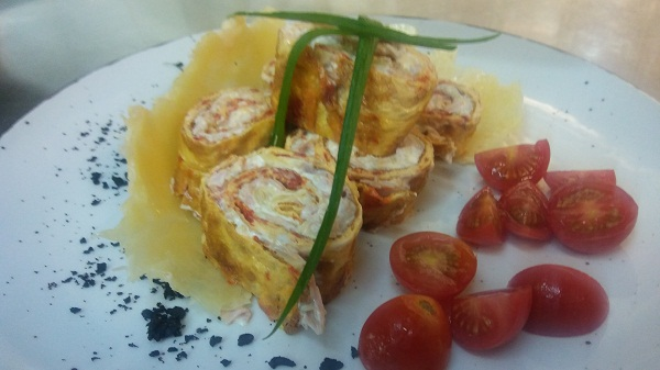 Fritata Omelet Rolls with Ham & Cheese (Low Carb Recipe)