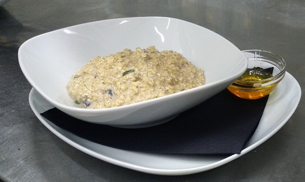 Keto Oatmeal Breakfast Recipe with Sugar-Free Maple Syrup