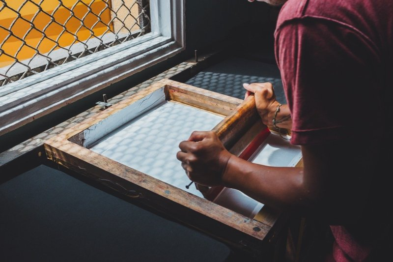12 Essential Tools and Materials for A Perfect Screen Printing Job