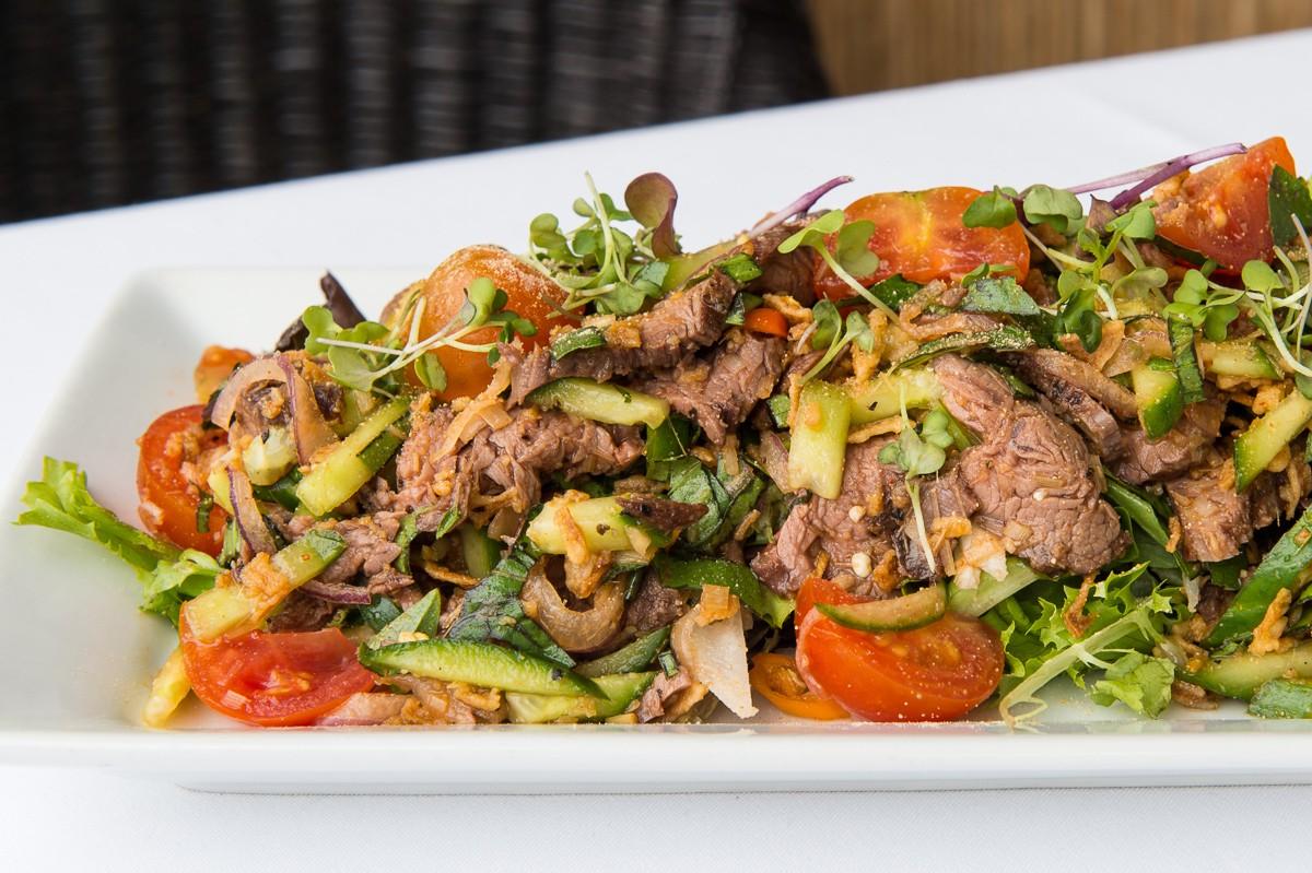 Goi Bo Salad at Le Colonial