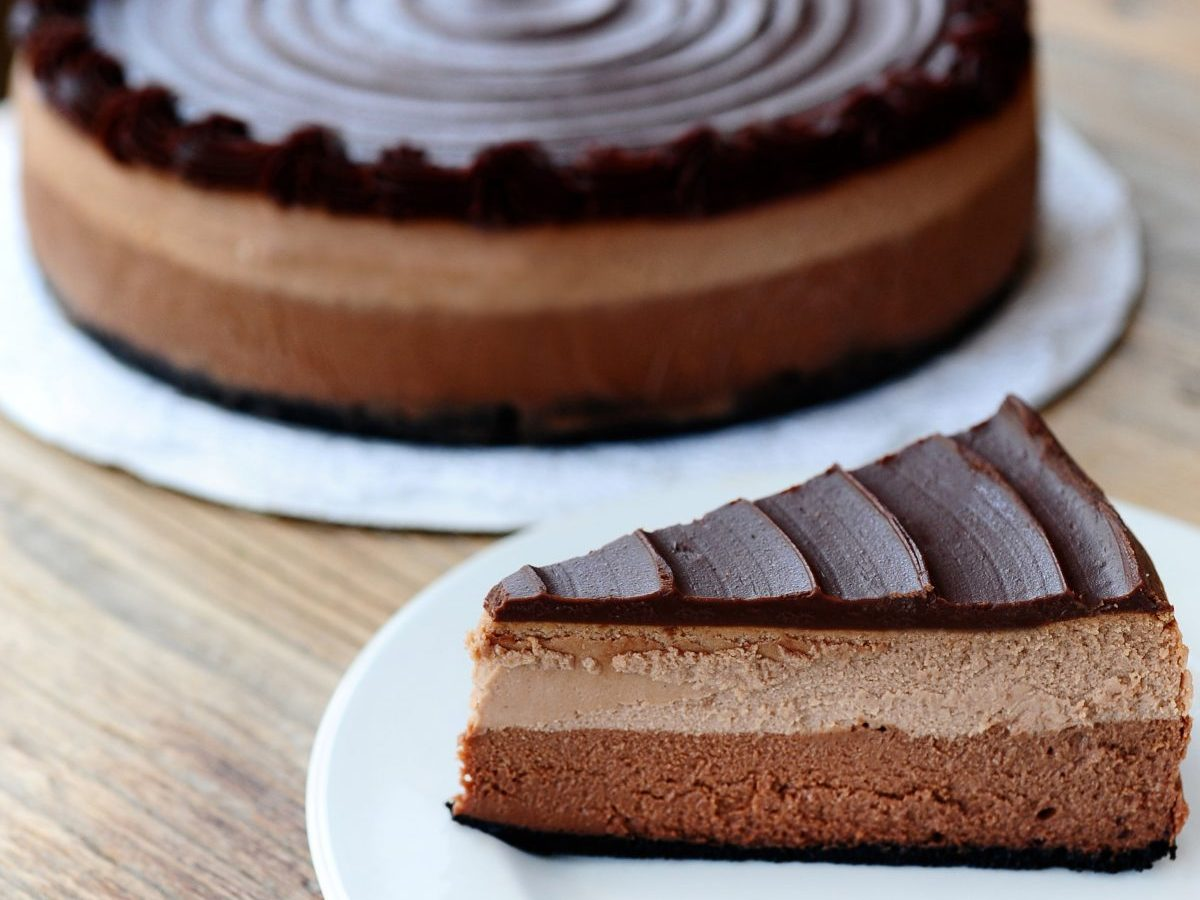 Picture of chocolate cheesecake.