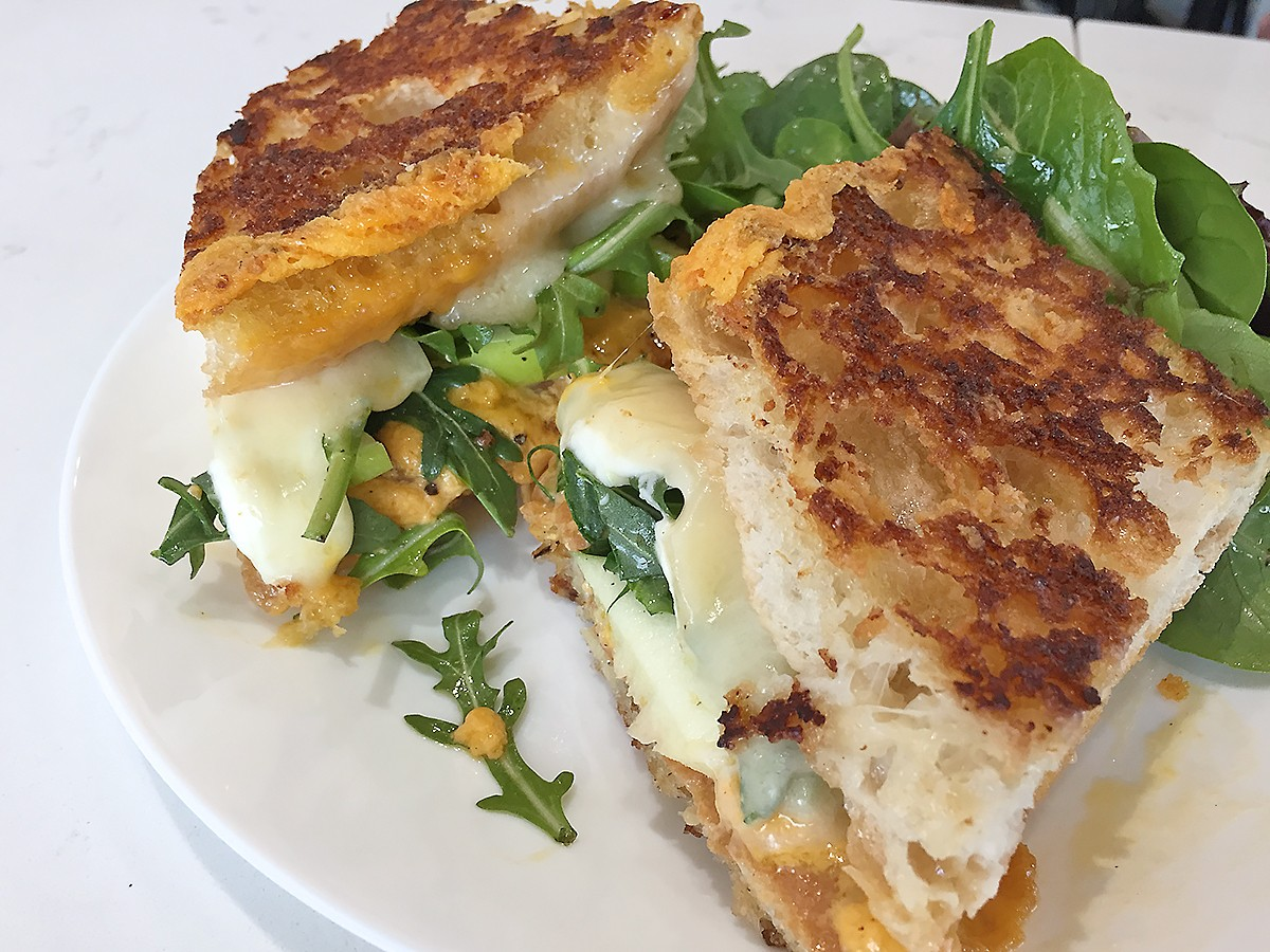 grilled cheese at Momentum