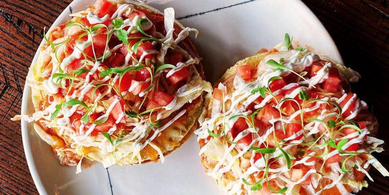 Riel Mexican pizza