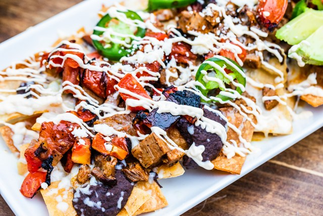 nachos at the 915