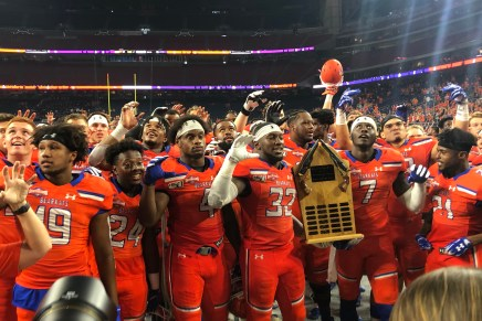 Close Call! Bearkats Overcome Early Struggles, Win 9th Straight Piney Woods 31-20