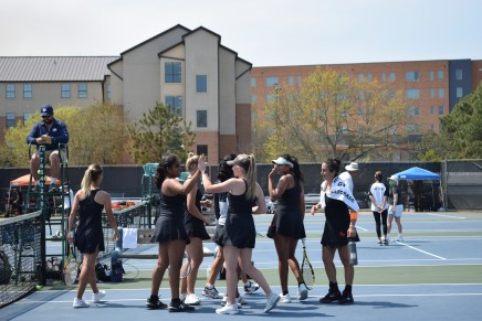Tennis looks to take the conference