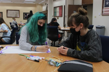 Department of Victim Studies and SAAFE HOUSE host sign making event