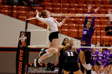 Volleyball opens WAC season with win