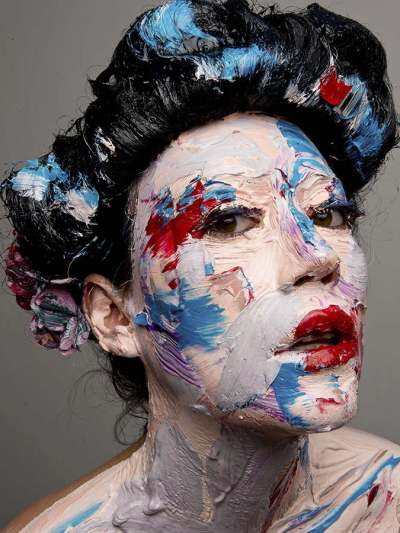Lorraine van Wyk diasec print 2016 Geisha Gris