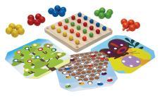Houten speelgoed peg board