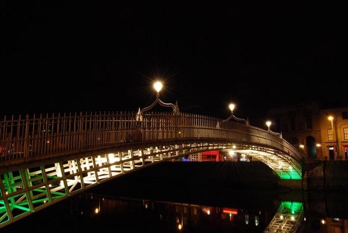 Puente en Dublin