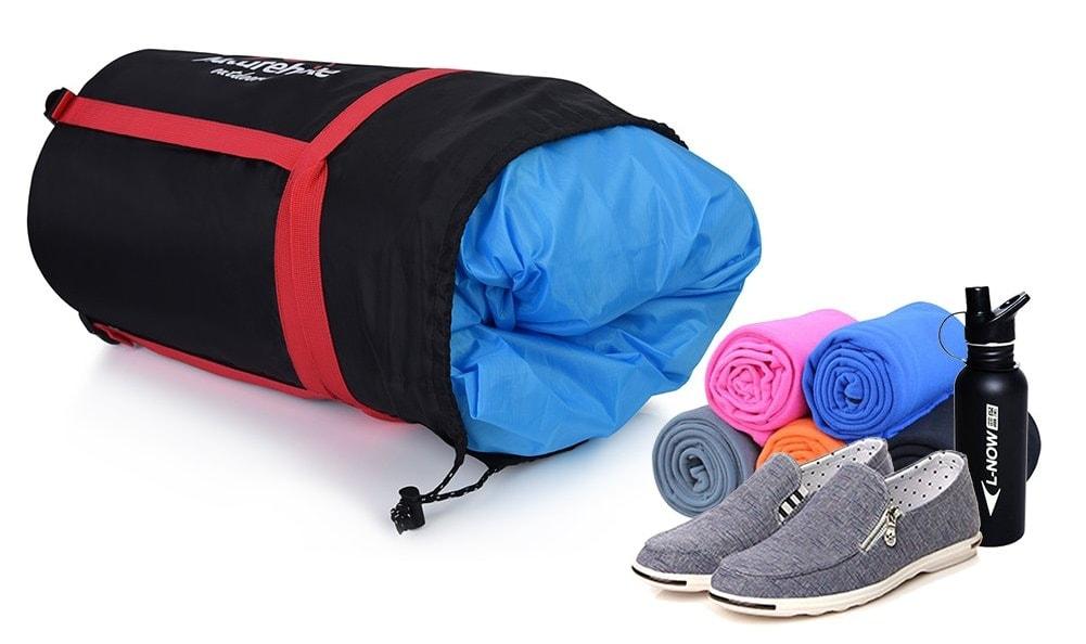 Bolsa de compresión impermeable para ropa: RUNACC de 20 litros