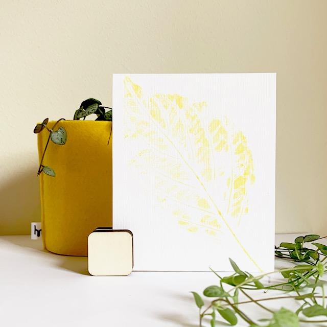 gele inkt, subtiel woondecoratie wit wonen met kleur